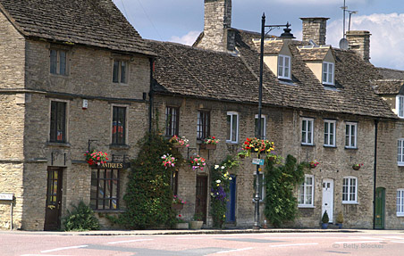 Tetbury and Westonbirt in the Cotswolds